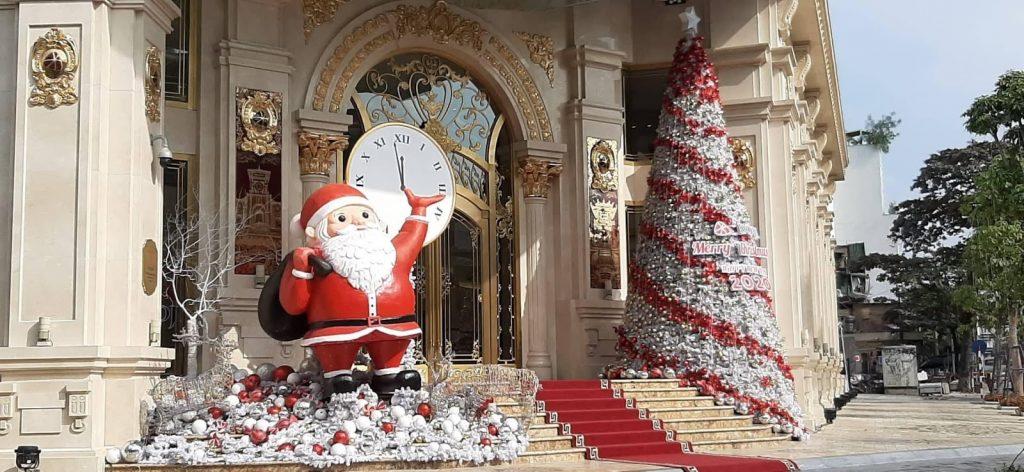 Christmas in Hanoi