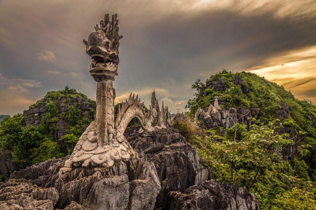 Tam Coc Dragon, Ninh Binh