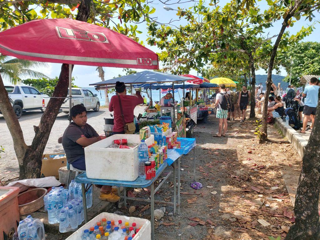 Songserm Pier street vendors