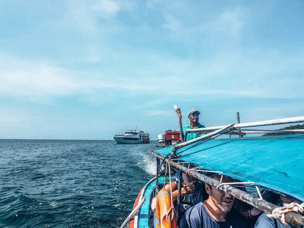 Arriving in Koh Lipe Transfer to the dock
