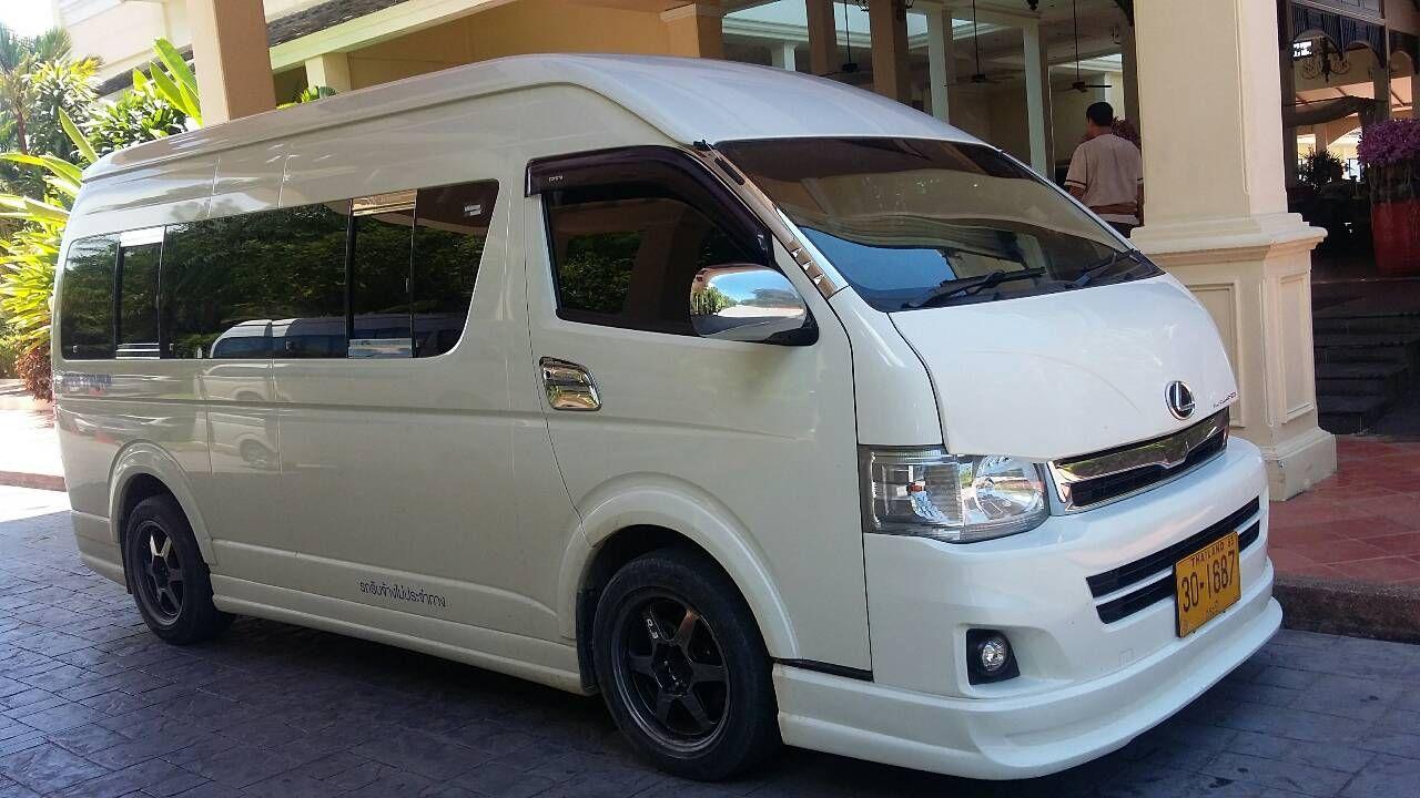 Estándar Minivan 9 PAX