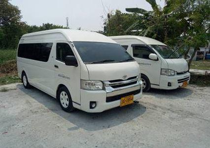 Standard Minivan 8 PAX