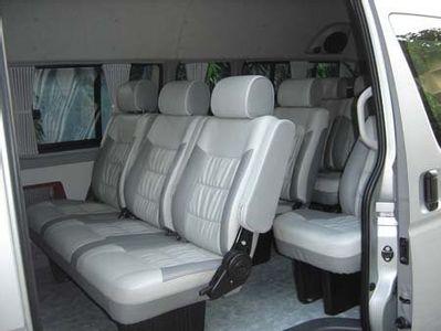 Estándar Minivan