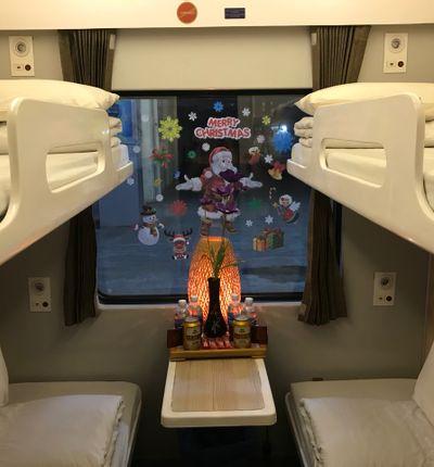Violette Trains