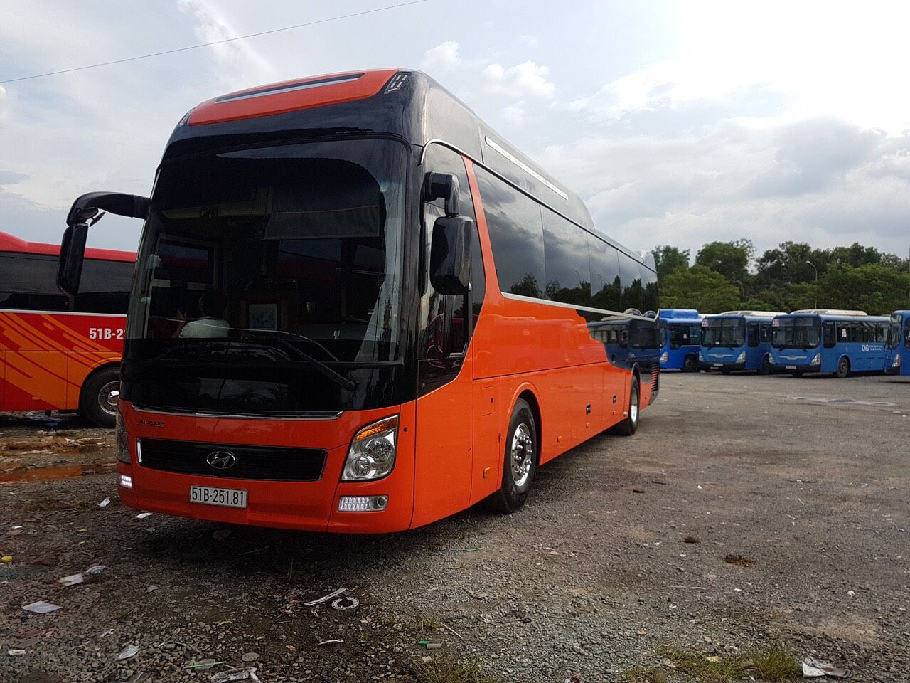 Luxus Bus