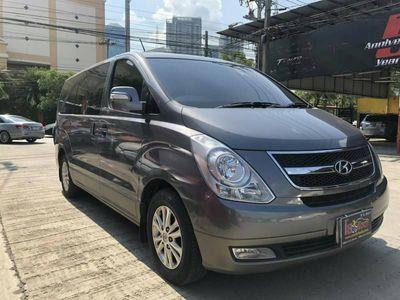 Luxury Minivan 6 PAX